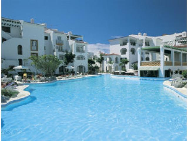 One bedroom apartment in the frontline location of Torviscas Tenerife also studio available on request